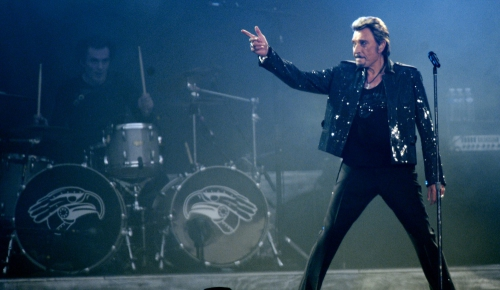 Johnny-Hallyday-une-tournee-en-suspens.jpg